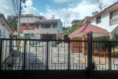 Casa en venta en Villa Claudia en Altos de Arroyo Hondo
