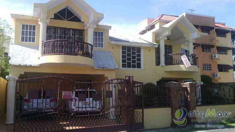 casa-en-venta-en-vista-hermosa-santo-domingo-republica-dominicana-11-958