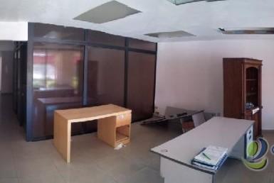Se renta Local Comercial 75 mt2 en Naco