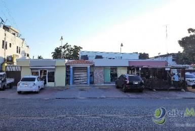 Plaza Comercial en venta en Los Prados