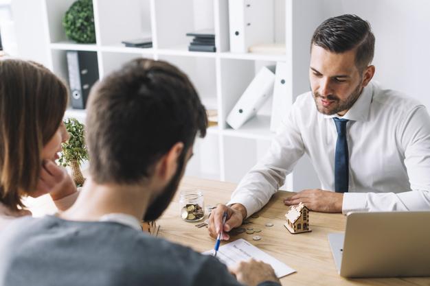 ¿Qué tipo de asesoría brinda un asesor inmobiliario?